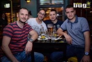 13-Matična Ploča @ Petlja Bar | Beograd | Srbija | Nocni zivot