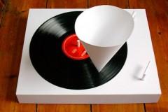 Kakav je to DJ koji ne ume da vrti ploče!? Gramofoni na malo drugačiji način!