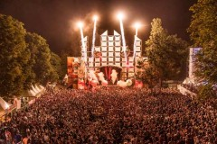 Lovefest 2015: Rekordan broj posetilaca prvog dana festivala ljubavi!
