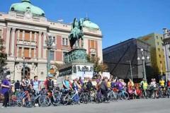 Vožnja bicikla u Beogradu: Košava u kosi, pedale u krevetu!