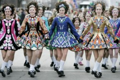 Ljudi igraju od kad postoje: Pogledajte neke od najzanimljivijih plesova na svetu!