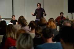 """Radnici i radnice u kulturi u potrazi za (ne)stalnim poslom - Debata u organizaciji programa """"Kreativno mentorstvo"""""""
