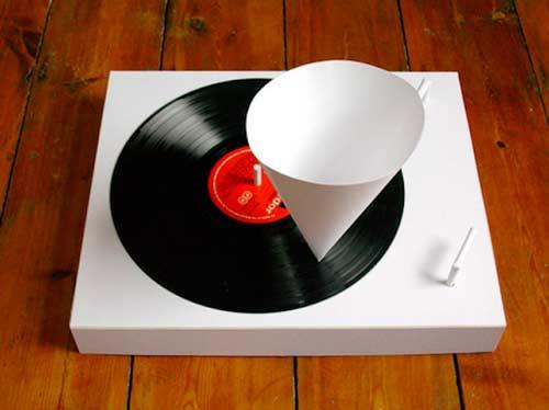 Papirni gramofon | Kakav je to DJ koji ne ume da vrti ploče? Gramofoni na malo drugačiji način!