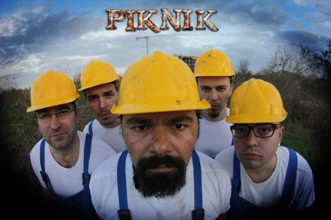 Koncert benda Piknik i njegove frakcije Horror Piknik | Klub Quarter | Novi Sad | 2015