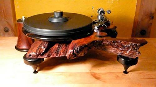 Gramofon od restauriranog drveta | Kakav je to DJ koji ne ume da vrti ploče? Gramofoni na malo drugačiji način!