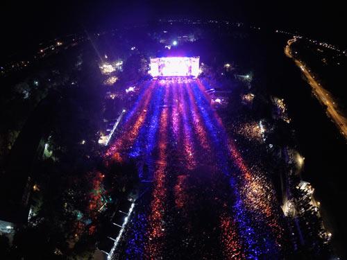 52.000 ljudi u najposećenijoj noći u istoriji Exita! | EXIT Festival 2015