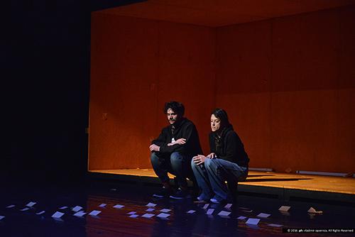 Scena iz predstave Samo moje / Foto: Vladimir Opsenica