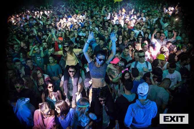 Velika ЕXIT promo žurka u klubu DRUGSTORE! | Beograd | 2015