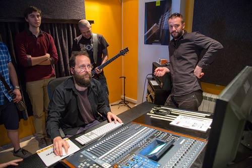 SAE Institut: Člandovi benda Ritam Nereda sa audio studentima | NOCTURNE MAGAZINE