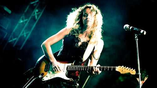 Mikser Festival 2015 | Ana Popovic | Photo by Marco Van Rooijen