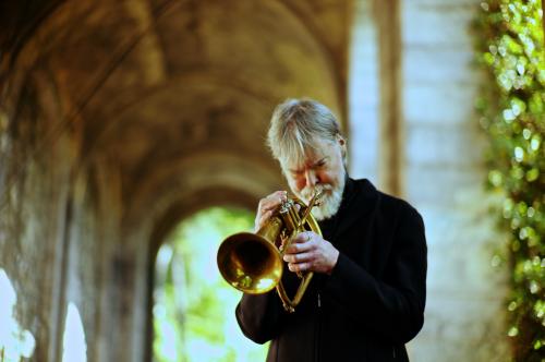 Američki trubač i fligelhornista, kompozitor i aranžer Tom Harrell TRIP na Nišvilu