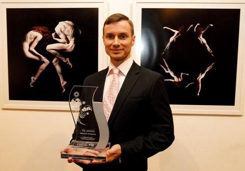 Prestižna nagrada VIP POZIVA uručena baletskom umetniku ALEKSANDRU ANTONIJEVIĆU! | Beograd | 2015