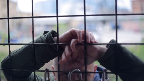 HLADNO PIVO leči umor i malodušnost novom pesmom VJERUJ U MENE! | MTV premijera! 2015