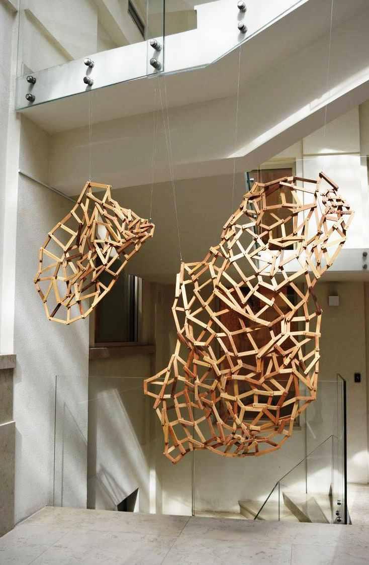 Ivana Milev,Drhtaj, modularna  skulptura
